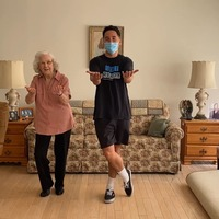 Physio performs tap dance with 95-year-old patient recovering from broken hip