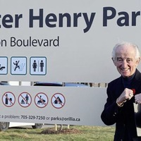 Seconds Out: Belfast ex-pat Walter Henry honoured in adopted city