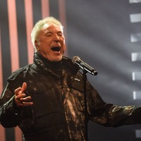 Tom Jones could score first number one album in more than 20 years