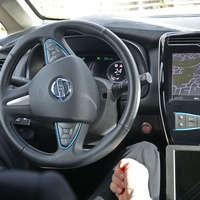 Self-driving cars given green light for motorway use later this year