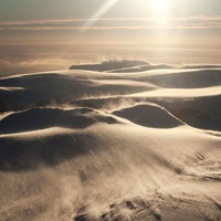 Warm mountain winds 'putting Antarctic ice shelf at risk of collapse'