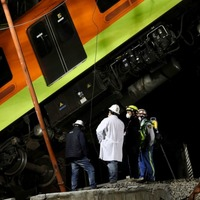 23 dead and dozens injured as metro overpass collapses in Mexico City