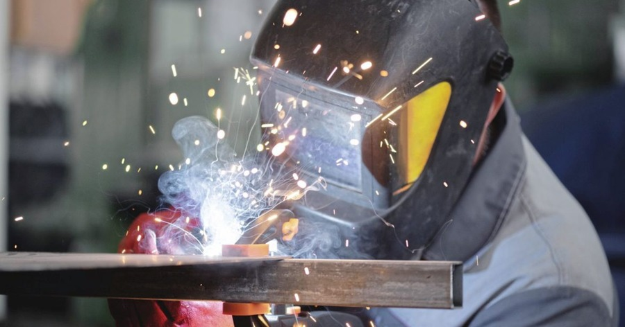 Survey: Just 18 per cent of manufacturers want protocol scrapped despite post-Brexit impact