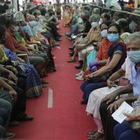 Dip in coronavirus cases in Mumbai offers hope to India
