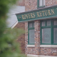 Soap fans offered chance of one-night-only stay in Coronation Street