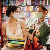 Newlyweds mark wedding day at bookshop where they had their first date