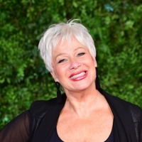 Denise Welch takes call from father in hospital during Loose Women ad break