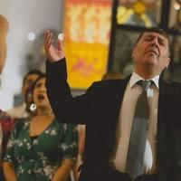 Kurdish singer finds 'emotional family' in London refugee choir