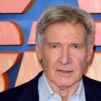 Harrison Ford back in Indiana Jones costume in set photo