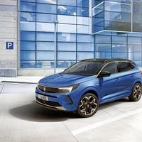 Vauxhall gives family Grandland SUV a digital update
