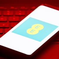 EE to bring back roaming charges when travelling to European countries from 2022