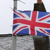 Fresh calls for Stormont report to be published as unionist flags raised in south Belfast