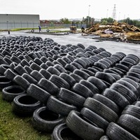 Calls for action on tyres at loyalist bonfires