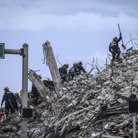 Death toll climbs as recovery efforts continue at Miami building collapse site