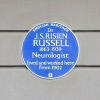 Blue plaque commemorates 'one of the first black British consultants'