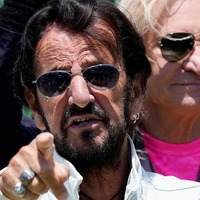 Sir Ringo Starr spreads peace and love on his 81st birthday