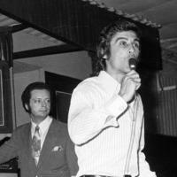Greek folk singer and actor Tolis Voskopoulos dies aged 80