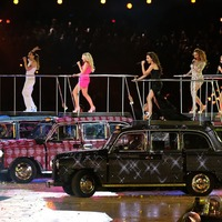 Victoria Beckham reminisces about Spice Girls' London Olympics performance