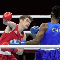 Aidan Walsh boxes clever to progress to quarter-final at Tokyo Olympic Games
