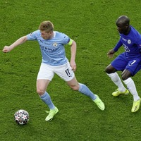Blue is the colour with Chelsea set to push Manchester City all the way in Premier League title race