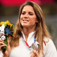 Buyer says Olympic athlete who sold silver medal to help sick child can keep it