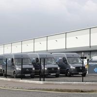 'Super sheds' built across UK as online retail boom sparks warehouse demand
