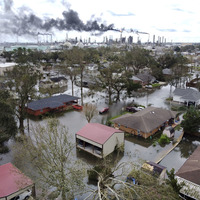 Hurricane Ida traps Louisianans and leaves power grid shattered