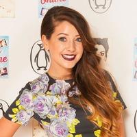 YouTube star Zoe Sugg shares baby news