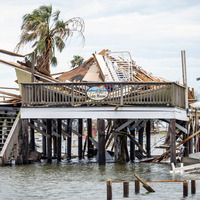 Louisianans swelter in aftermath of Hurricane Ida
