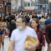 Online sales fall in August as shopping habits shift