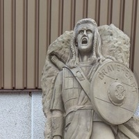 Braveheart statue finds home at football club