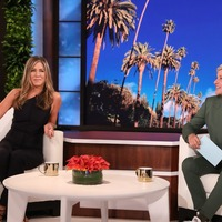 Emotional Jennifer Aniston helps launch final season of The Ellen DeGeneres Show