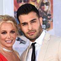 Sam Asghari's proposal 'way overdue', Britney Spears jokes