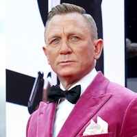 Daniel Craig arrives on red carpet for No Time To Die premiere