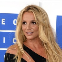 Father of Britney Spears suspended from star's conservatorship