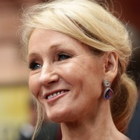 Rowling to celebrate Harry Potter anniversary with champagne and cheese on toast