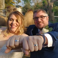 Couple marry among 20,000 animals with rings made from London Zoo itself