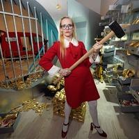 In Pictures: Caught by the fuzz: Felt artist unveils billion-dollar crime scene