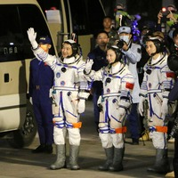 China's Shenzhou-13 spacecraft docks for six-month mission