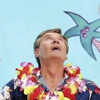 Daniel O'Donnell makes waves with new 'tropical' music video